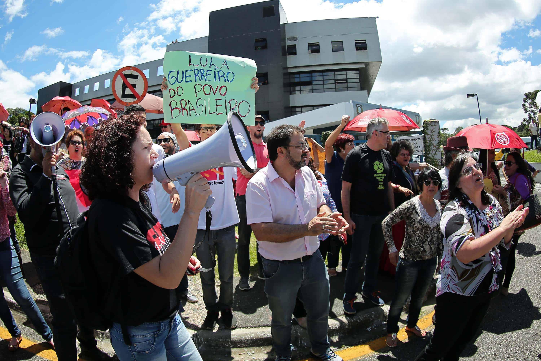 Lula protest