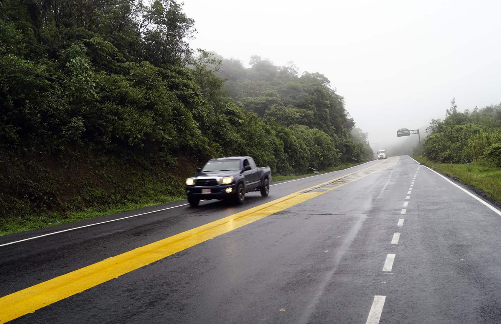 Route 32 to Limón