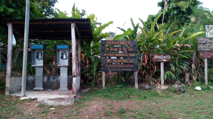 The welcome sign in Dos Brazos advertises the new El Tigre entrance to Corcovado National Park.