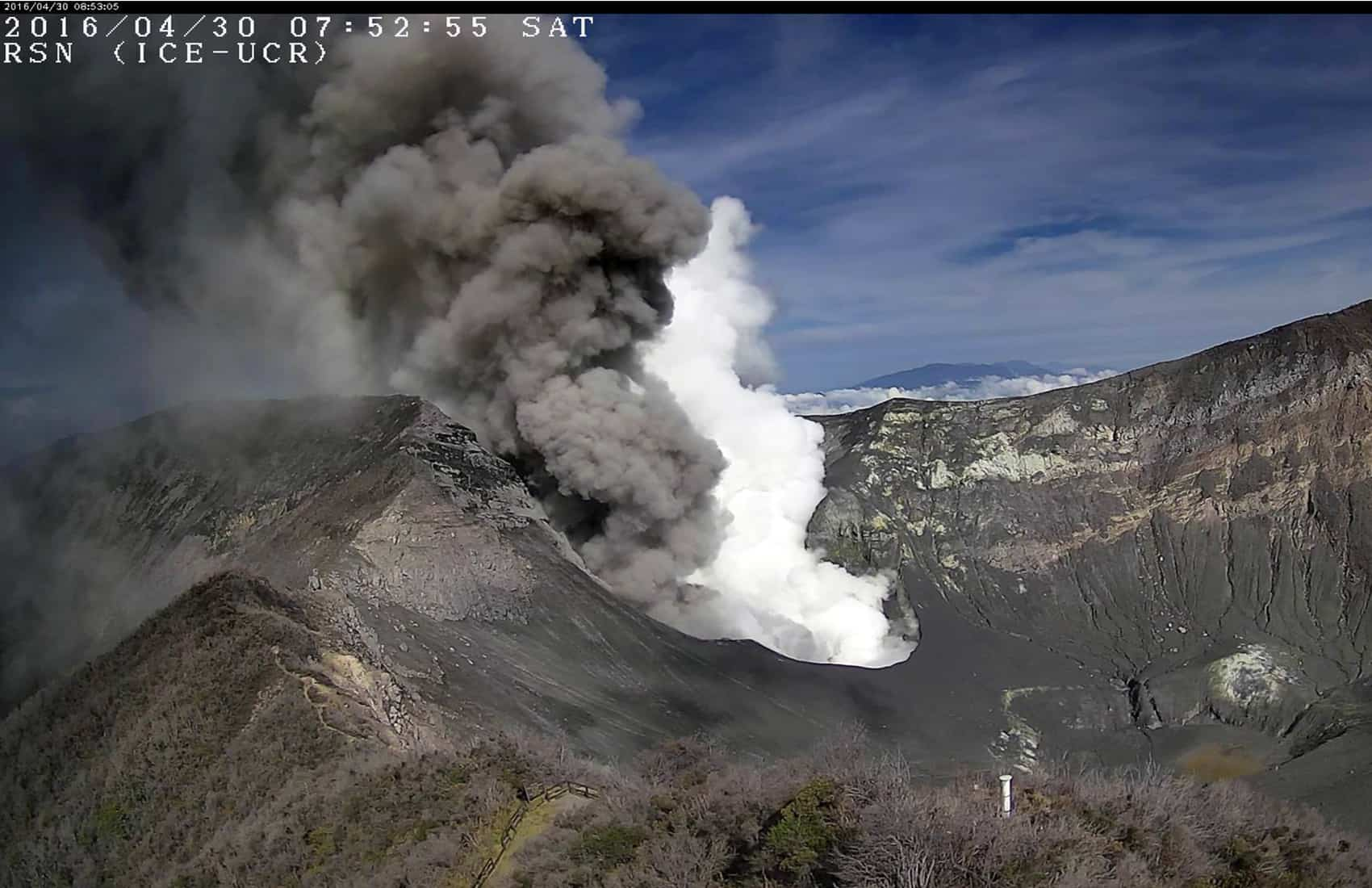 Ash, vapor explosions at Turrialba Volcano. April 30, 2016.