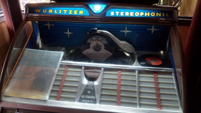 A 1950s jukebox that still works.