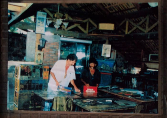 Photo of the 1990s restaurant El Tejado de Toño.