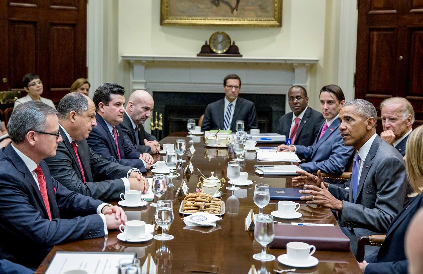 President Luis Guillermo Solís meeting with President Barack Obama, VP Joe Biden. Aug. 22, 2016.