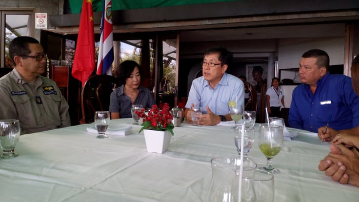 Song Yanbin, China's ambassador to Costa Rica, meets with Quepos officials during a visit to La Mansion Inn in Manuel Antonio.