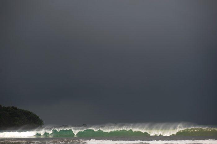 wave at Jaco