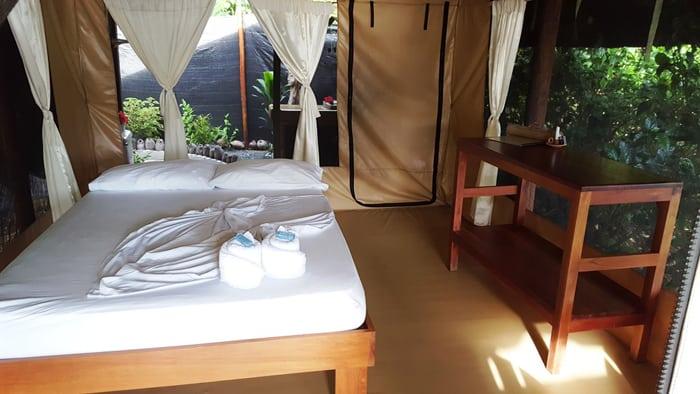 Bedroom at La Leona Lodge