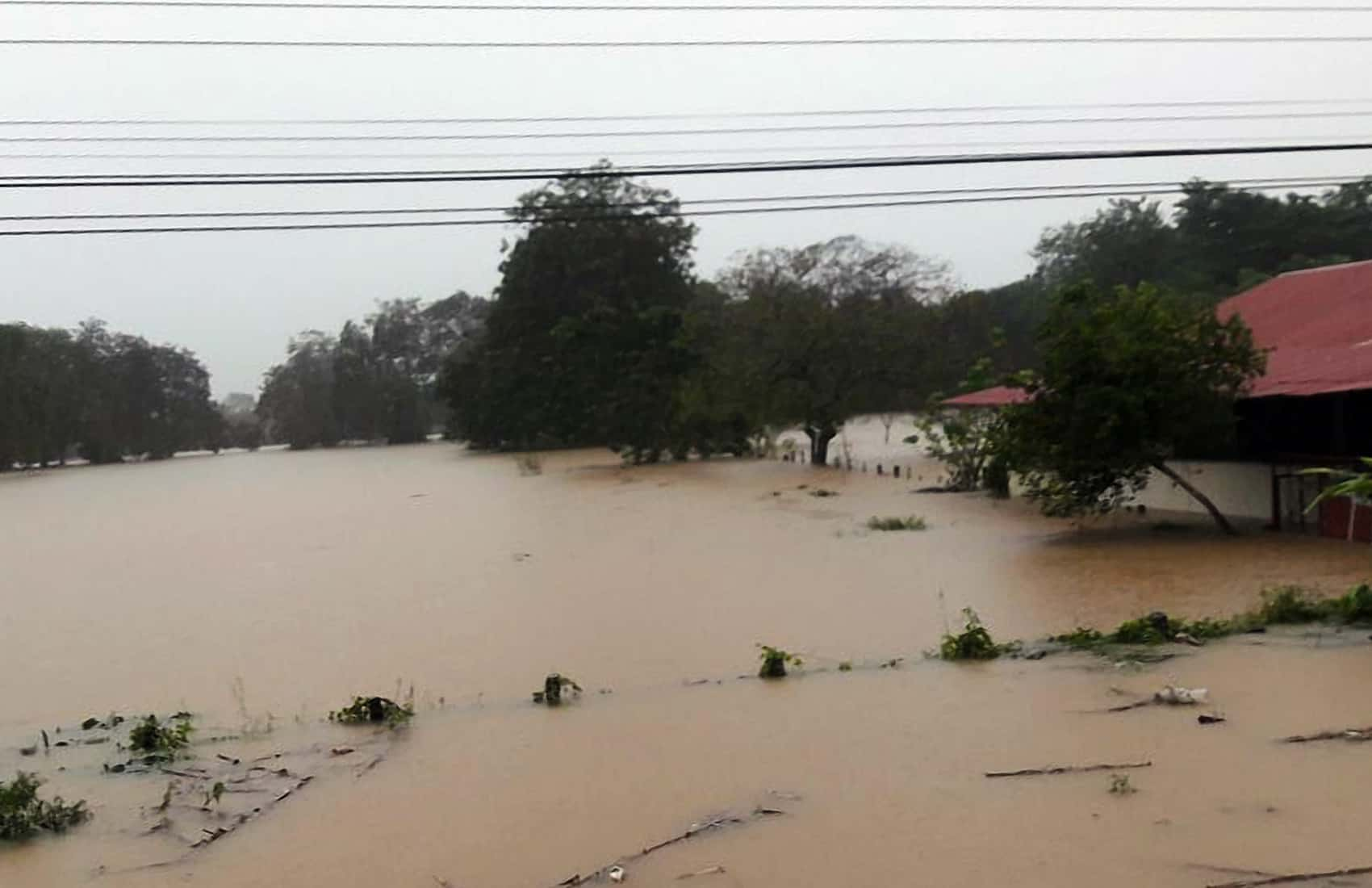 Flooding at Costa Rica's south Pacific