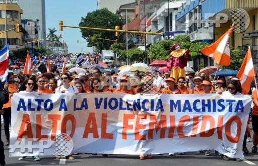 women's march costa rica