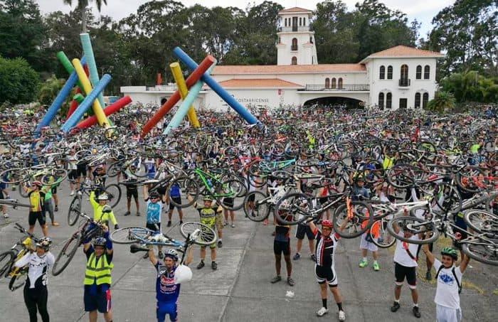 Cyclists demonstration in San José. Feb. 5, 2017.