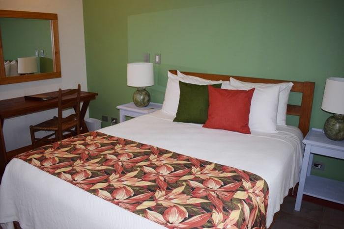 Bedroom at Olas Verdes.