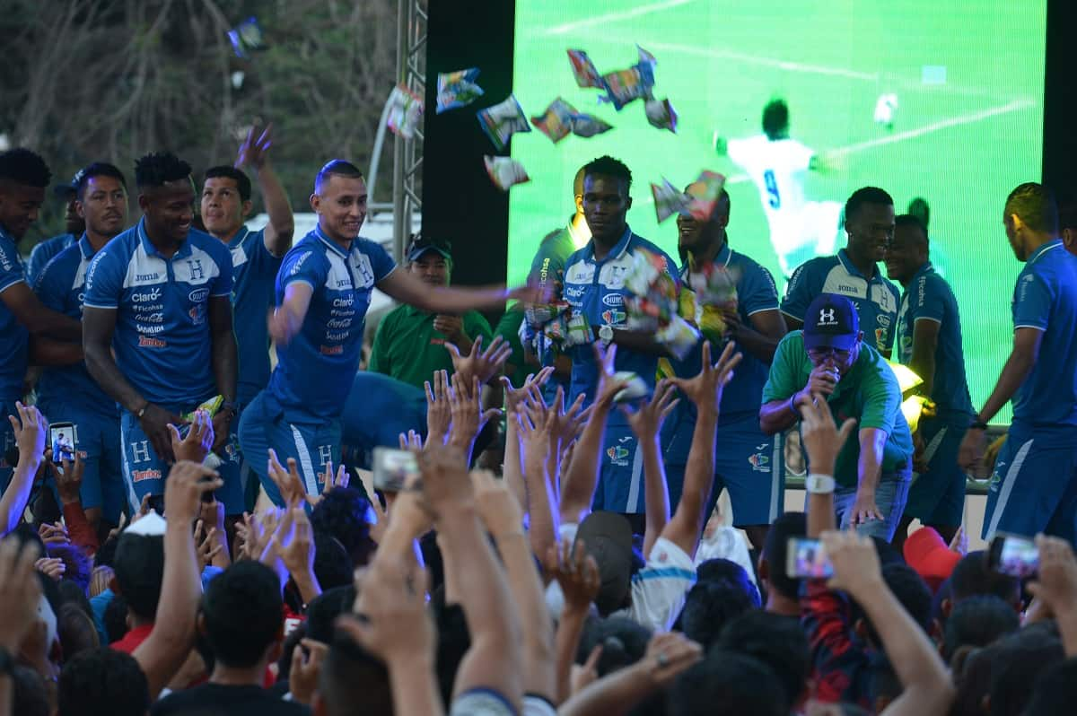 Honduran National Team members greet fans.