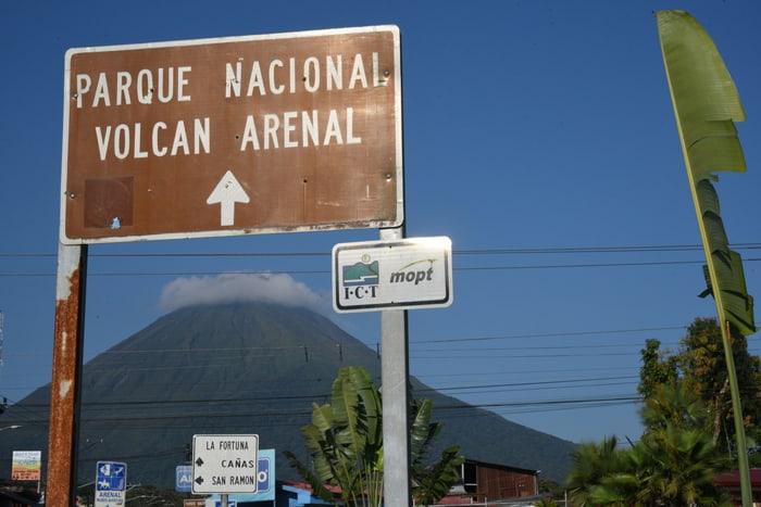Arenal Volcano thataway.