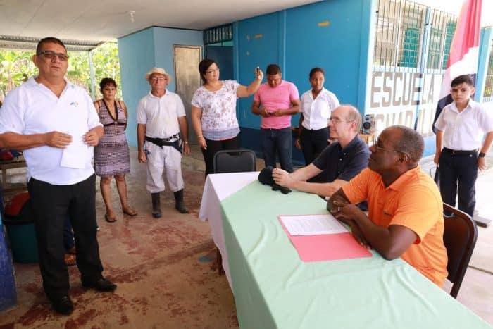 Ambassador Haney during his visit at Escuela Guadalupe in La Palma de Osa