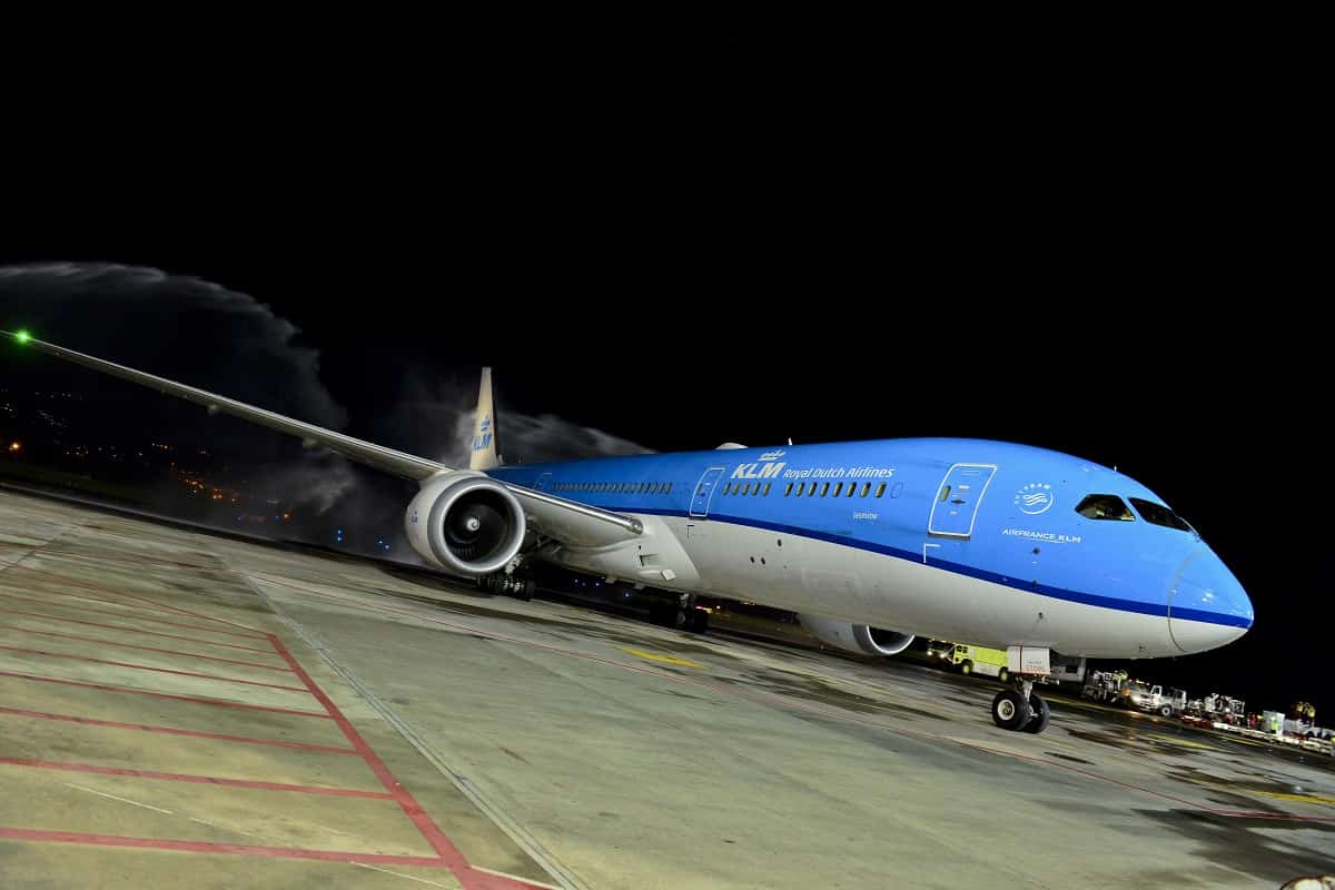 A KLM Boeing 787.