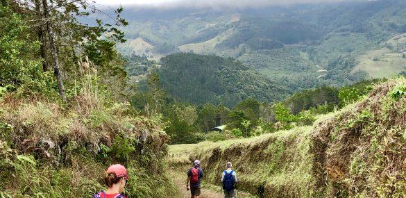 Hiking El Camino de Costa Rica.