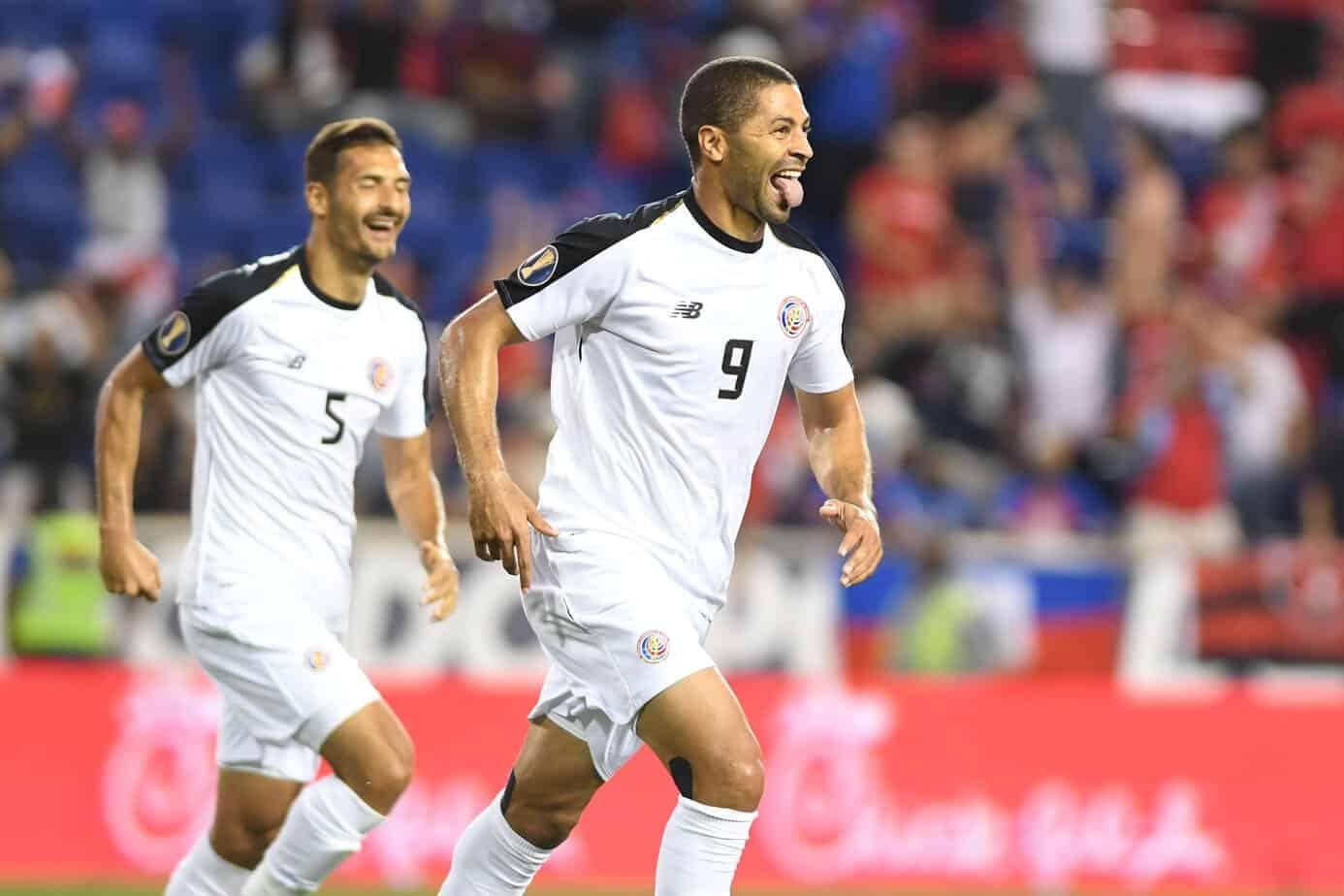 Alvaro Saborio celebrates a goal