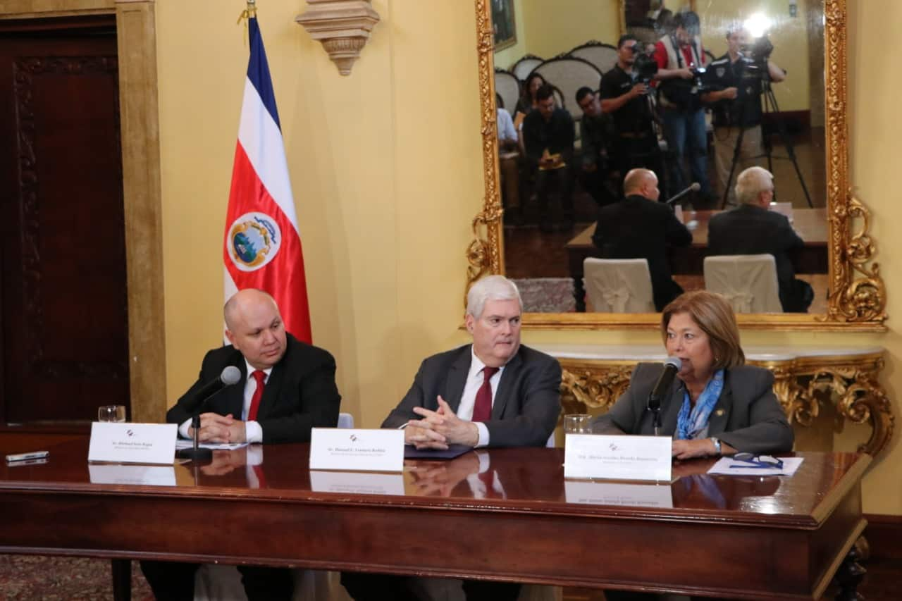Costa Rican officials responded to the U.S. travel advisory.