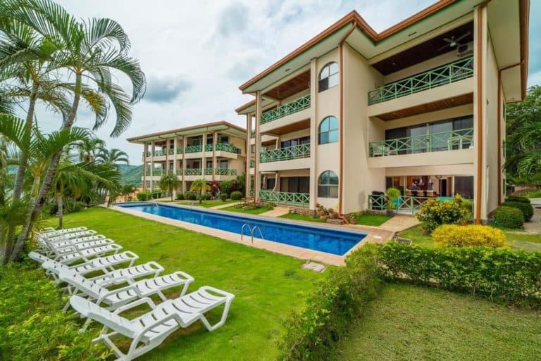 Costa Rica Oceanfront Condo: Flamingo Beach