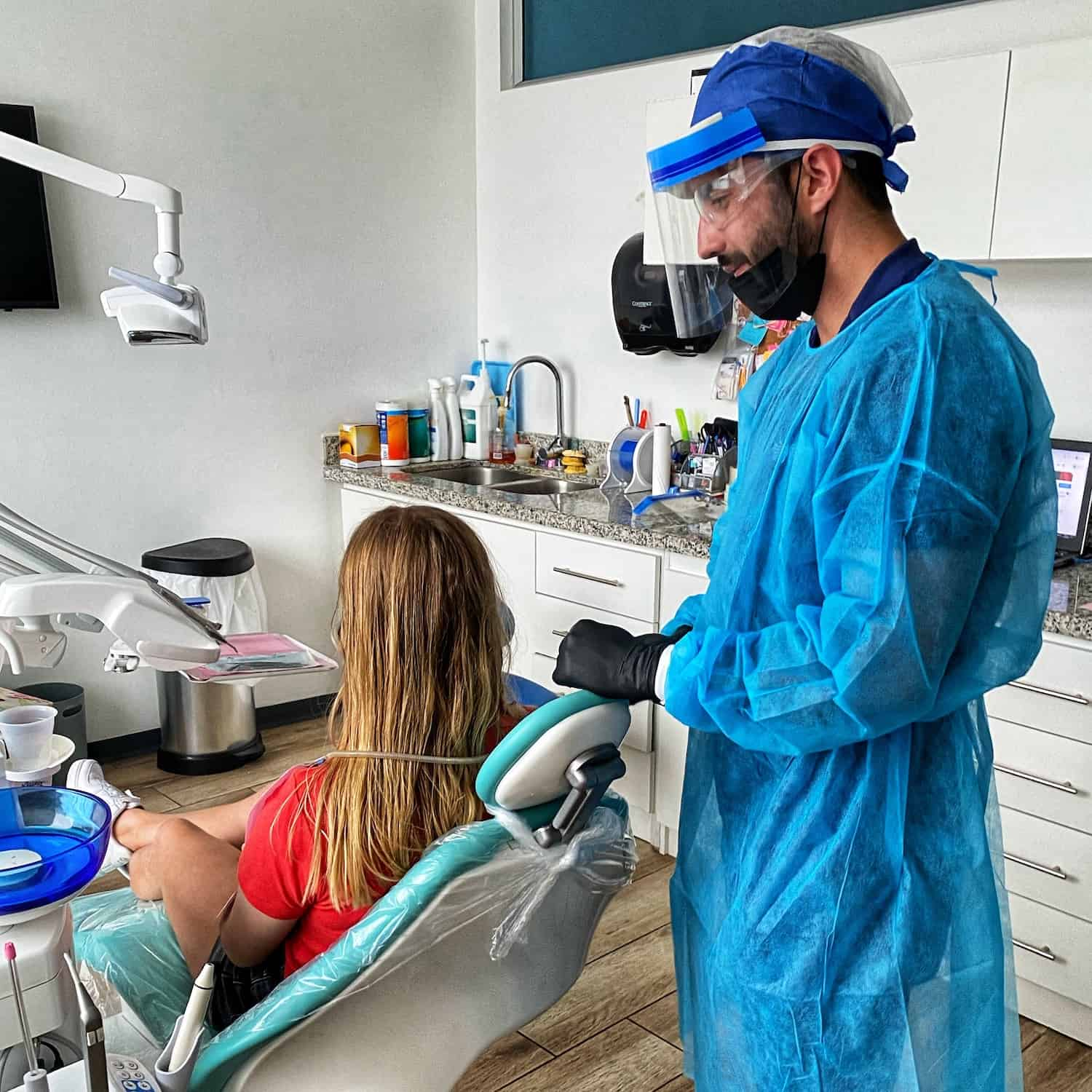 If you live in Costa Rica and need dental care, now is the time to get it!