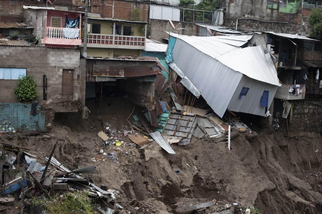 Tropical Storm Amanda kills at least 7 in El Salvador