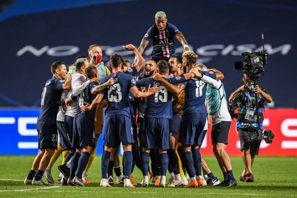 PSG players celebrate their UEFA Champions League victory over RB Leipzig on August 18, 2020.