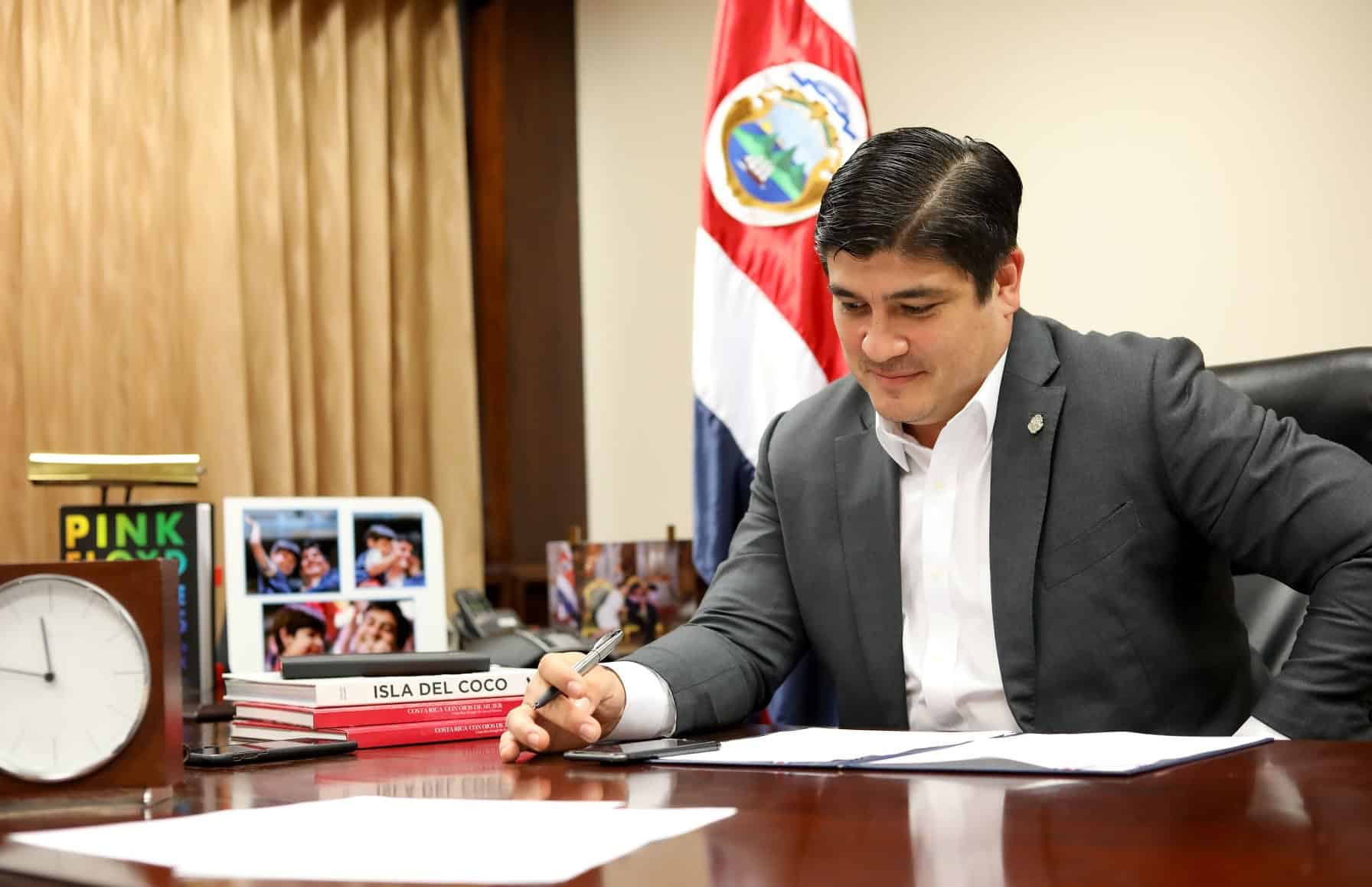 President Carlos Alvarado spoke with President-elect Biden on November 30, 2020.