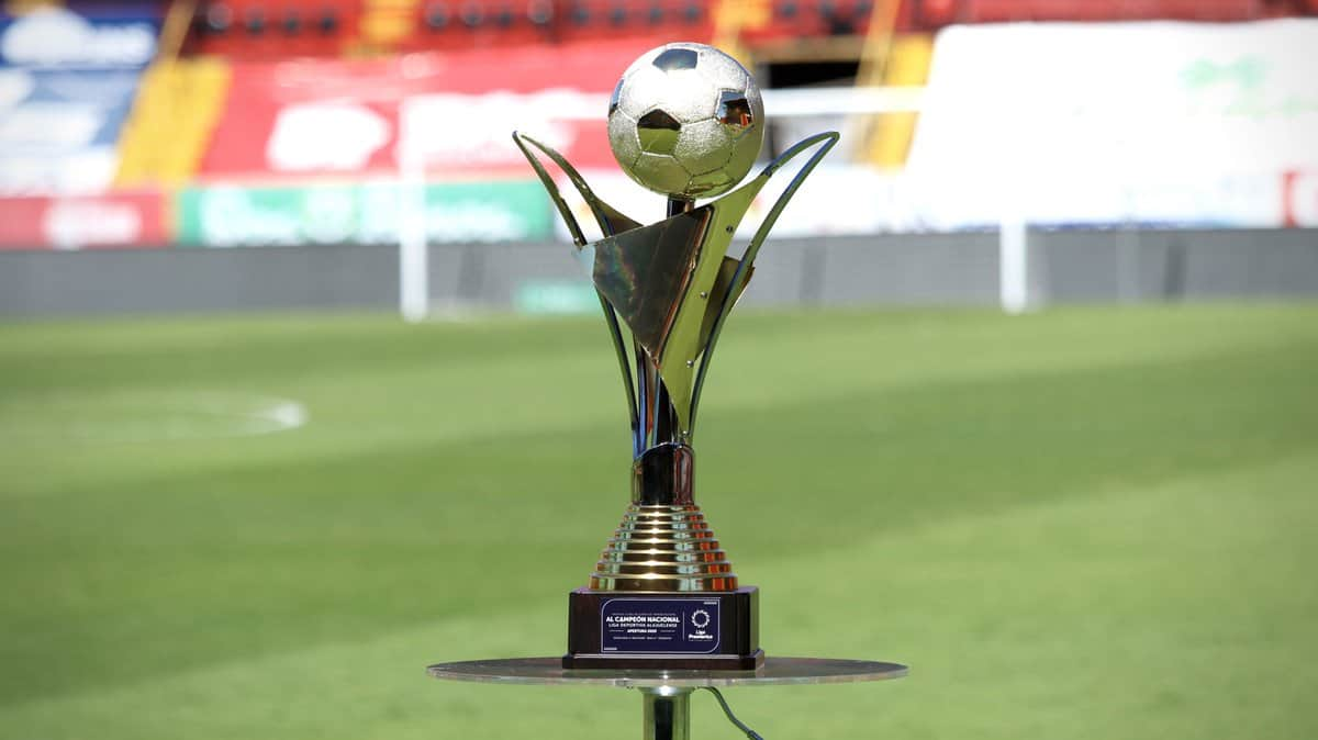 Liga Deportiva Alajuelense are the champions of Costa Rica men's soccer.