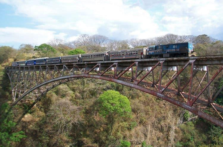 A train crosses the Río Grande Railway Bridge in an undated photo.