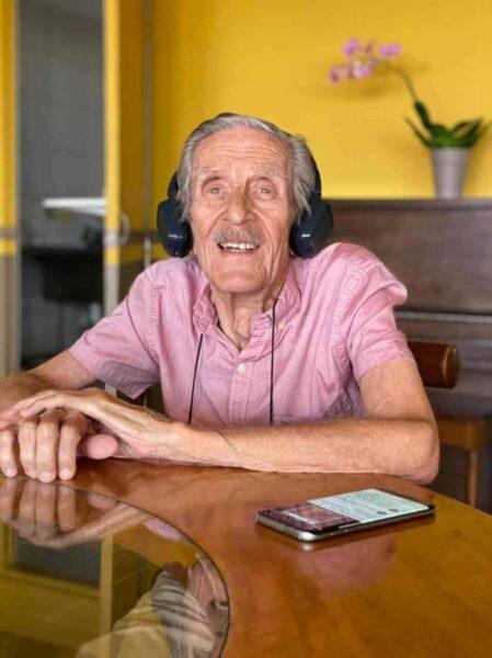 """Luis Roberto Vaglio, 79, describes his room here as """"magnificent."""""""