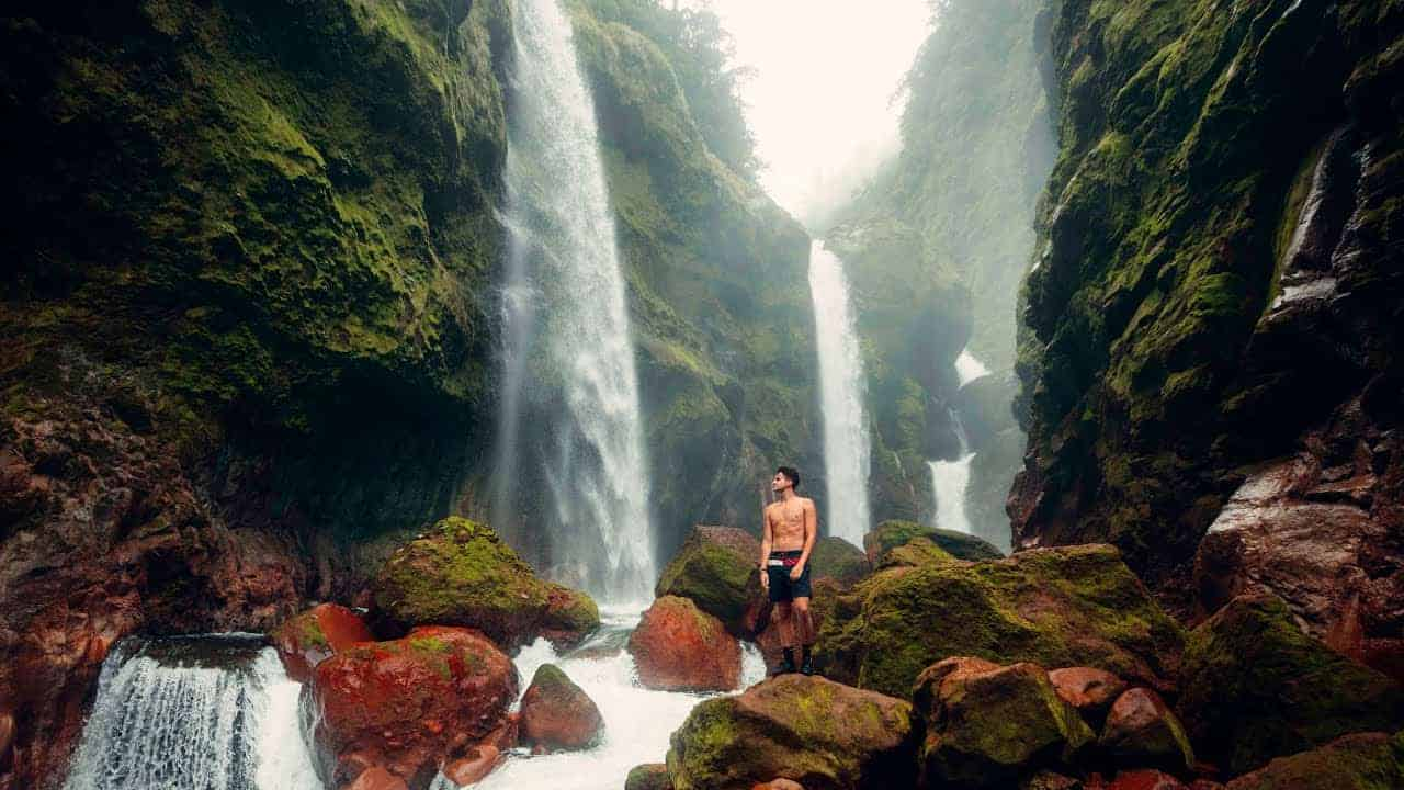 Influencer Rob Strok shared a video highlighting Costa Rica's many ecotourism attractions.