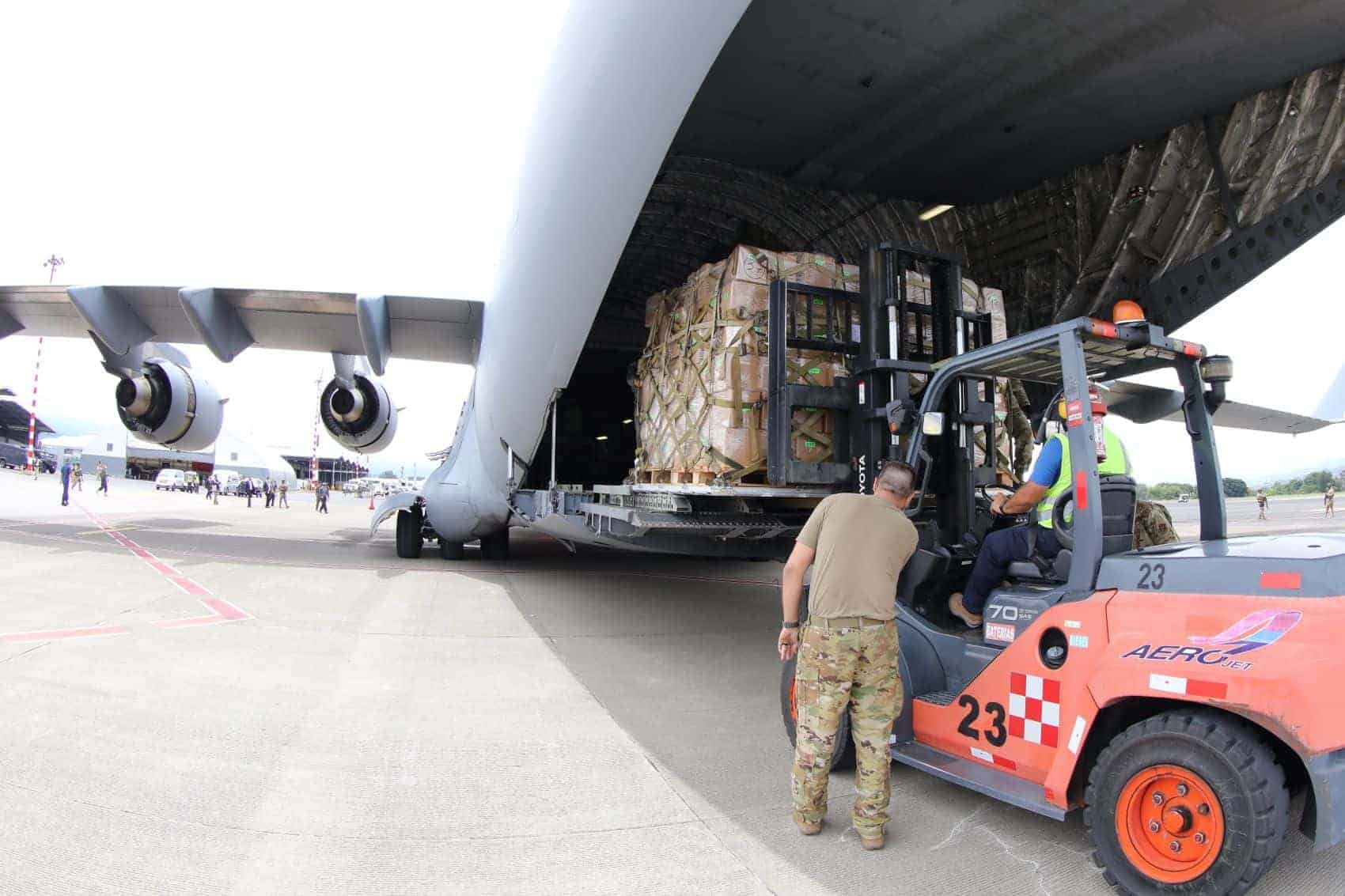 Seized drugs loaded onto a C17 US military plane in Costa Rica.