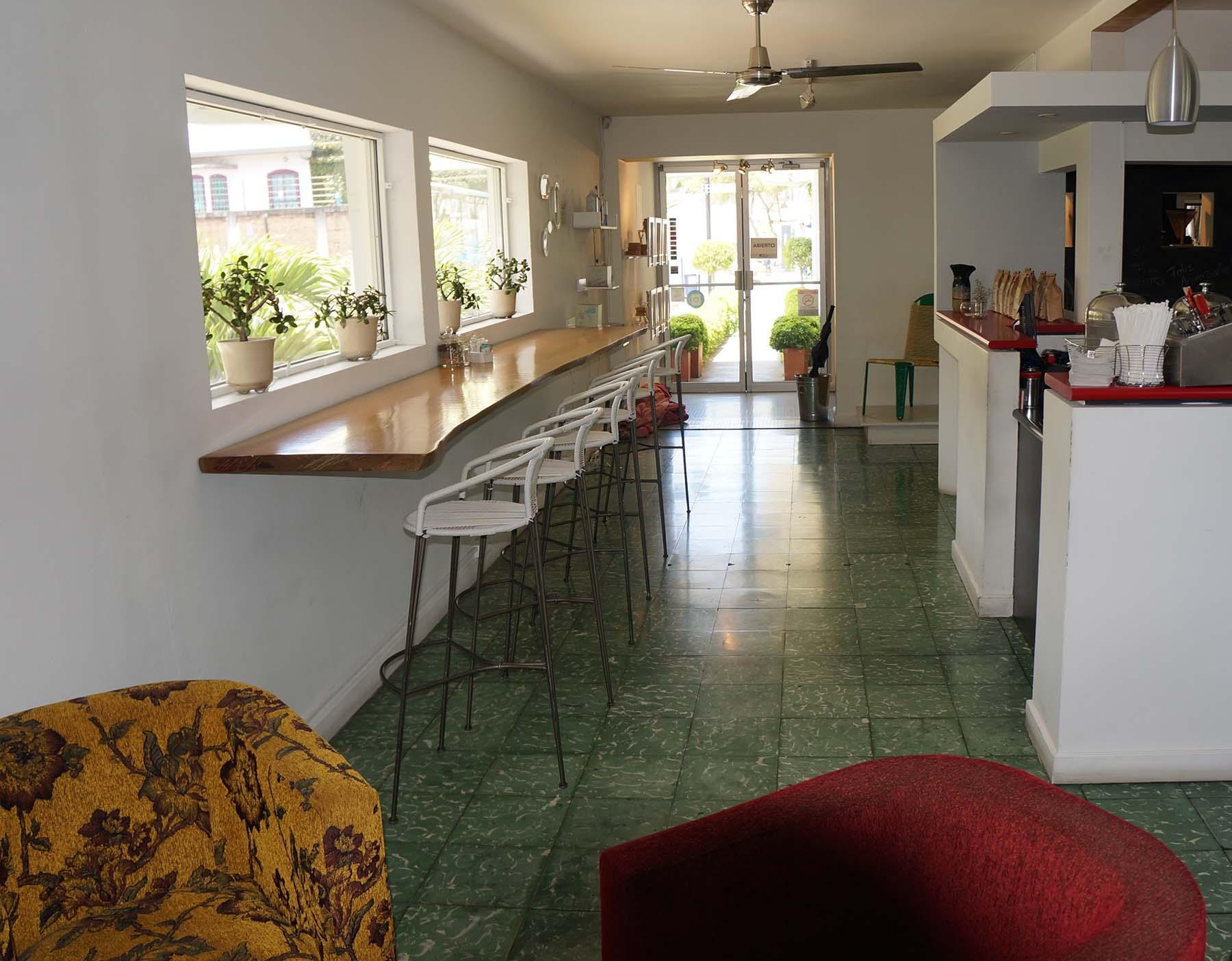 tt-real-estate-barrio-amn-02